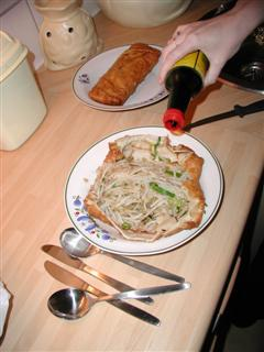 hunkin' HUGE eggroll dissected, er, eaten in Venray, The Netherlands